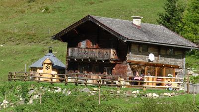 Photo for Convenient comfort in the midst of the mountains of the Grossglockner