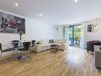 Photo for Moments from London Bridge - Stunning 1 bed flat with lovely terrace (Veeve)