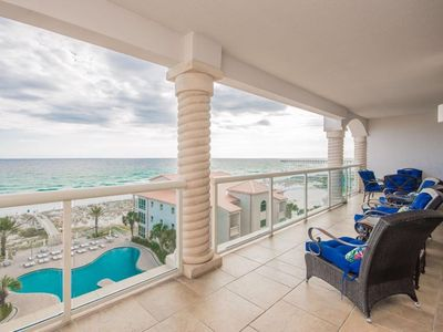 Photo for Open Aug 28-30, Unbeatable Sunset Views * Big Beds