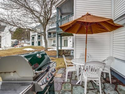 Photo for NEW LISTING! Ski-in/out condo w/ shared pool, slope access, year-round fun