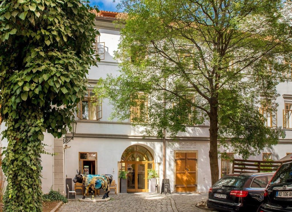 In the center of prague with internet parking 704933 for Royal boutique residence prague