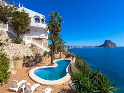 Photo for 5 bedroom Villa, sleeps 16 with Air Con, FREE WiFi and Walk to Beach & Shops