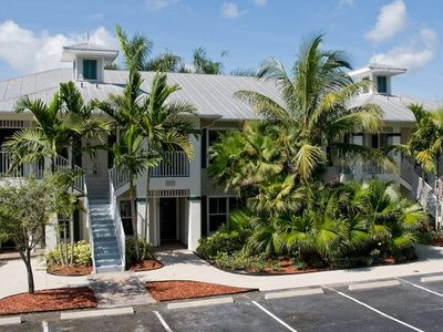 Photo for 2nd Floor 2 Bed, 2 Bath Villa @GreenLinks Golf Resort Naples