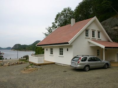Photo for Cozy cottage for 8 people - just a few meters from the fjord