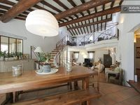 A very pretty home from home in a fabulous location