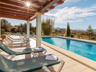 Photo for Country house with pool for 10 + 1 people 3.5 km from Alcudia and the sea