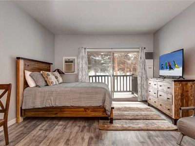 Photo for Fully Remodeled! Downtown -3min to Main -Hot Tub/Pool-Shuttle-Free Parking -WiFi