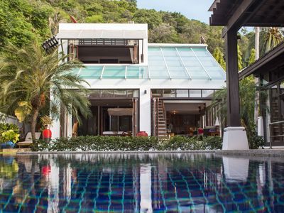 Photo for Stylish Beachfront Villa With Private Pool And Lovely Garden