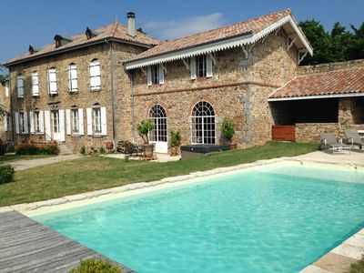 Photo for HOUSE of character 400 m² in stone with Jacuzzi and heated pool