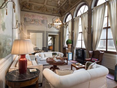 Photo for Exceptional 1 Bedroom Apartment in the heart of Florence
