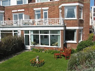 Photo for Bexhill-on-sea Seafront Holiday Apartment close to all local amenities