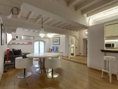 Photo for Capitelli Suite, glamorous apartment in the heart of Florence