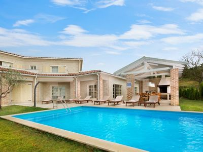 Photo for Beautiful Villa Star, in Istria, with a Pool