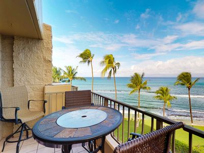 Photo for Waterfront condo with resort pool & hot tub - all a quick drive from Lahaina