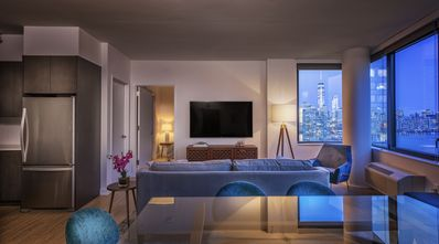 Photo for Top Floor 2BR Apartment with Amazing NYC Views