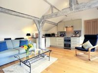 First Rate luxury cottage in great location
