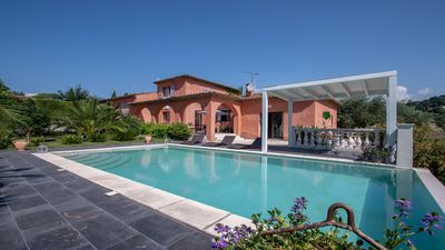 Photo for Large Villa with pool and exotic garden in Mougins