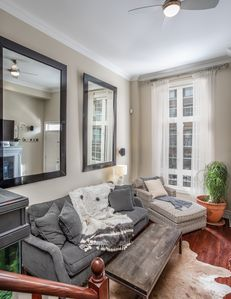 Photo for Luxurious Townhouse-Trinity Bellwoods, Queen West!