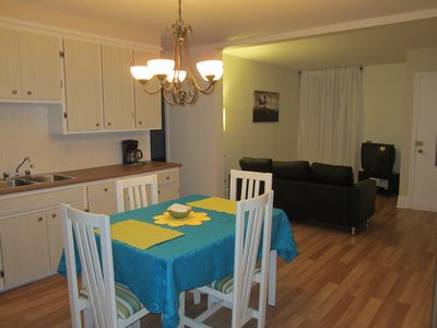 Photo for 2BR Apartment Vacation Rental in Québec, QC