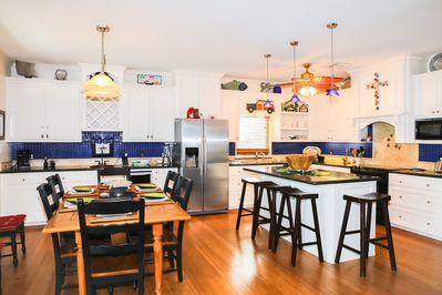 Kitchen - Prepare home-cooked meals in the lovely kitchen that features a full suite of quality appliances.