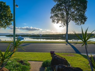 Photo for Waterfront House Northern Gold Coast Theme Parks Family and Pet Friendly