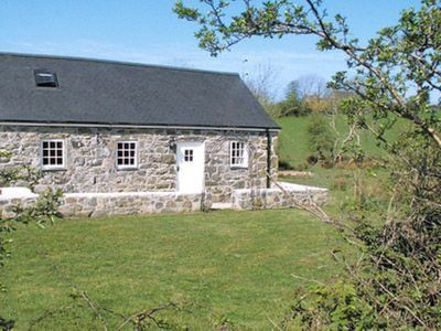 Photo for 2 bedroom property in Tudweiliog. Pet friendly.