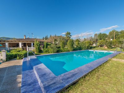 Photo for HIBISCUS - Traditional villa with private pool and beautiful garden.