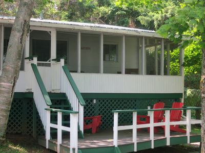 Photo for Lakeview Cottage at Birch Cliff Lodge