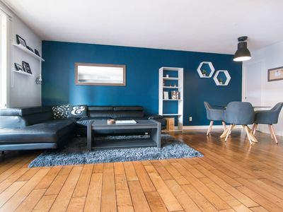 Photo for Spacious 2Bed 2Bath in Downtown Ottawa with Parking