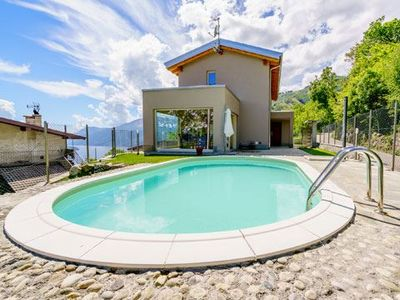 Photo for Elegantly furnished holiday home witg garden and pool