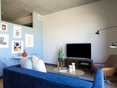 Photo for Sonder | Mill Ave | Simple 1BR + Sofa Bed