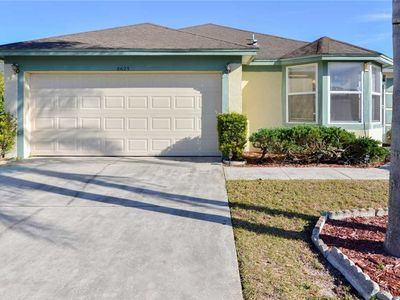 Photo for Kid Friendly 3 Bedroom 2 Bath Pool home Less than 5 miles to Disney (3000)