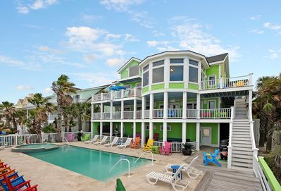 Don't feel like getting sandy? You'll love our private pool next to the beach!