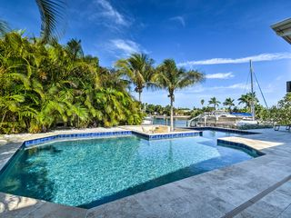 NEU St Pete Beach Home