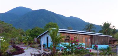 Photo for Experience amazing sea & mountain views. Including view of White Island.