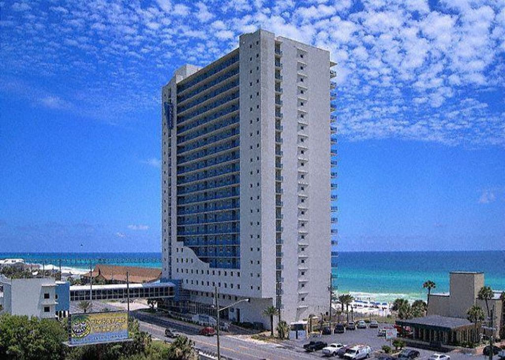 Sterling Breeze Resort Is A Premiere On Panama City Beach