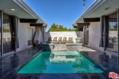 VILLA LUXE PRIVATE COURTYARD POOL AND SPA ENTERTAINING AREA  WITH MOUNTAIN VIEWS