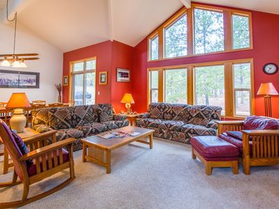 Photo for Floor to ceiling windows, Peaceful, A/C, Gas Fireplace, Ping Pong -  CULT16