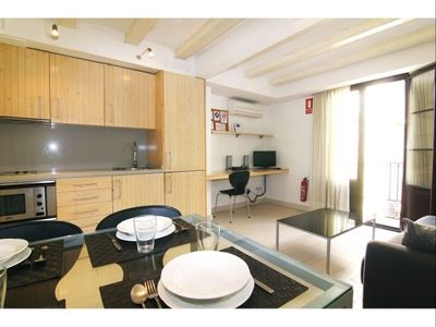 Photo for Cosy Ramblas 3 apartment in Barrio Gotico with air conditioning.