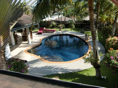 Villa Relax pool & outside view