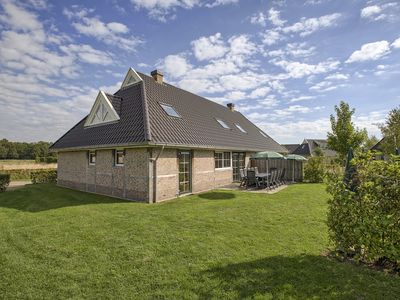 Photo for Bungalow in the holiday park Landal Orveltermarke -