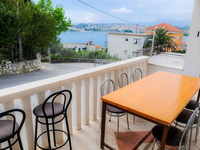 Photo for Two bedroom apartment with terrace and sea view Podstrana, Split (A-4859-d)