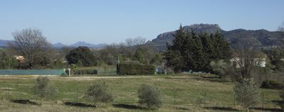 Photo for Quiet, Provencal countryside, with terrace and private garden studio