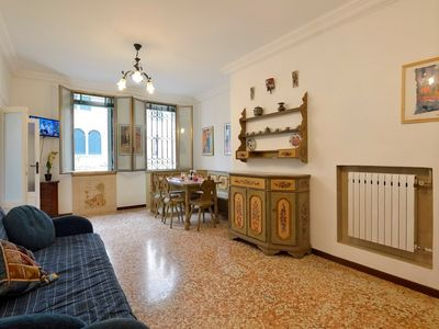 Photo for Apartment in the center of Venice with Washing machine (678202)