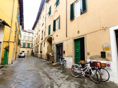 Photo for Apartment in Lucca with 3 bedrooms sleeps 4