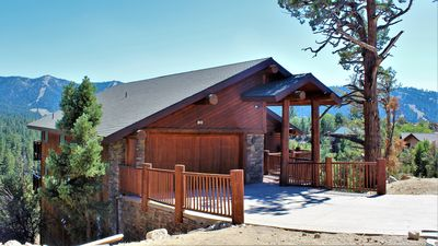 Photo for Cliffhanger Cabin: INCREDIBLE Views, GORGEOUS Home! 6 Bed/4 Bath, Spa