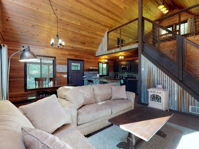 Photo for NEW LISTING! Cabin w/private hot tub, near  Wenatchee River & dog-friendly