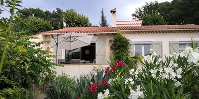Photo for Green Provence 30 min from the sea quiet house with private pool 5 bedrooms