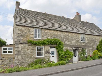 Photo for 2 bedroom property in Swanage. Pet friendly.