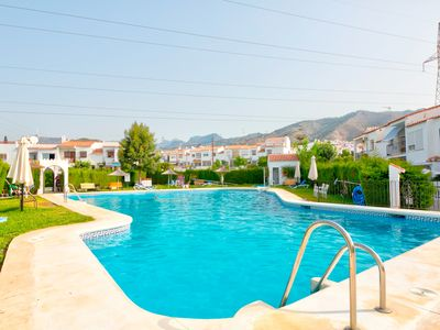 Photo for Family-friendly villa w/ shared pools, entertainment & great location!